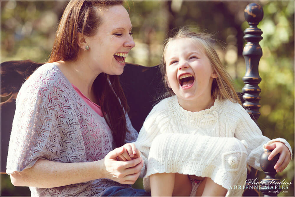 mom laughing with daughter